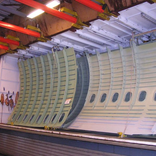 pneumatische Deckenverriegelung für hängende Bauteile3